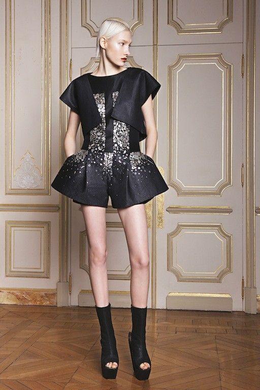 ILJA Caesura Couture Collection Herfst/Winter 2014-15 Studio (5) - Shows - Fashion