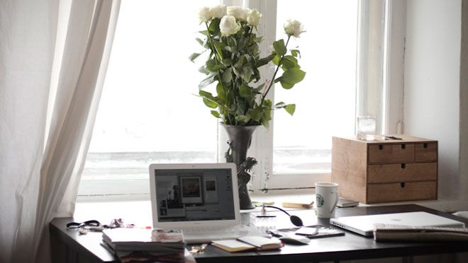 Work space: Work Area, Homes Offices, Offices Spaces, Work Spaces, Carrie Bradshaw, Bradshaw Desks, Interiors Decoration, Desks Spaces, Offices Interiors