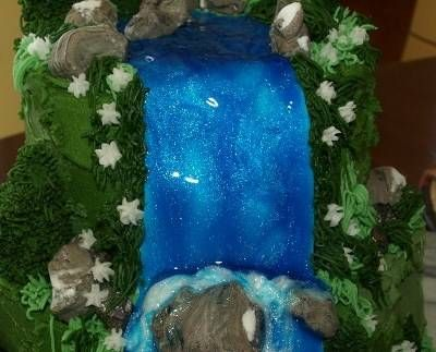 waterfall cake - Brave party?