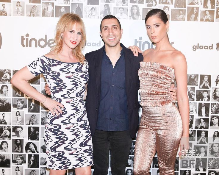 Last night, celebrating the new, trans-friendly @tinder with @seanrad and @carmen_carrera.