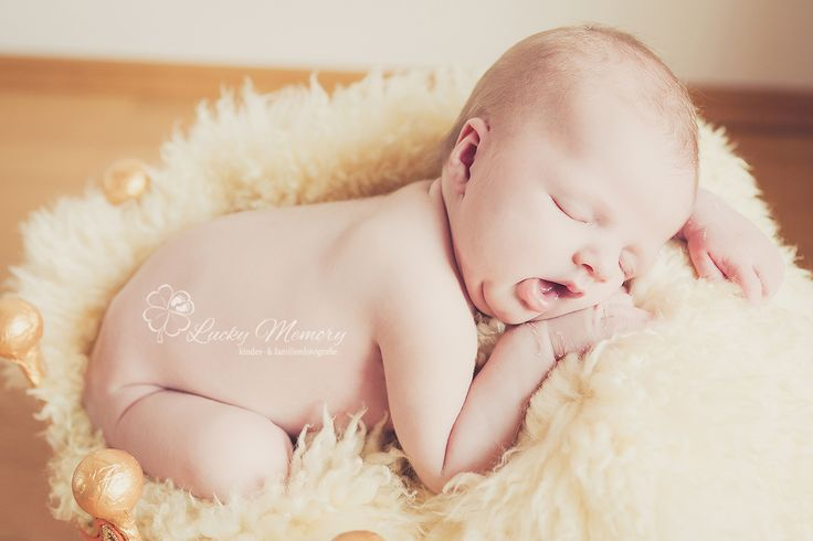 neugeborene s sse baby fotos schlafen tr umen kinder familien fotografie newborn. Black Bedroom Furniture Sets. Home Design Ideas