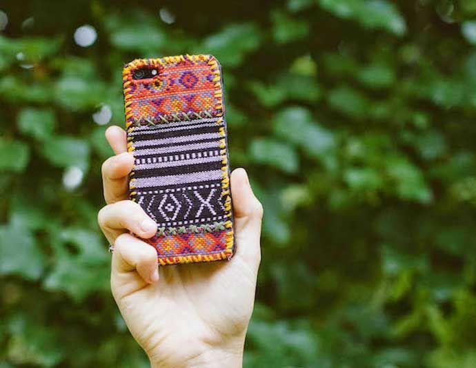 Coque iPhone avec chutes de tissus – DIY couture