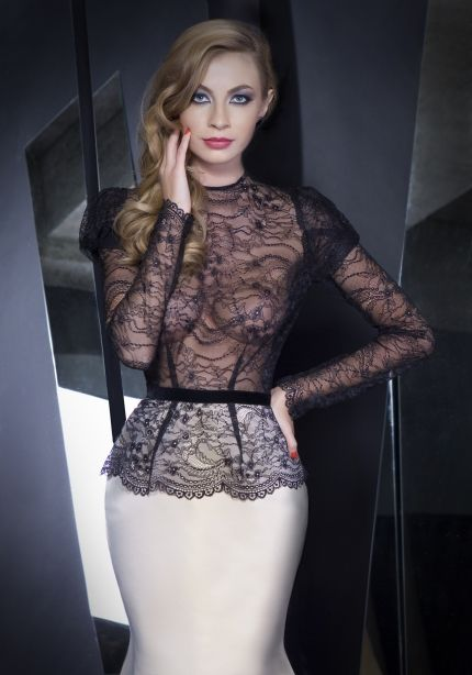 Elegant Dresses For Divas