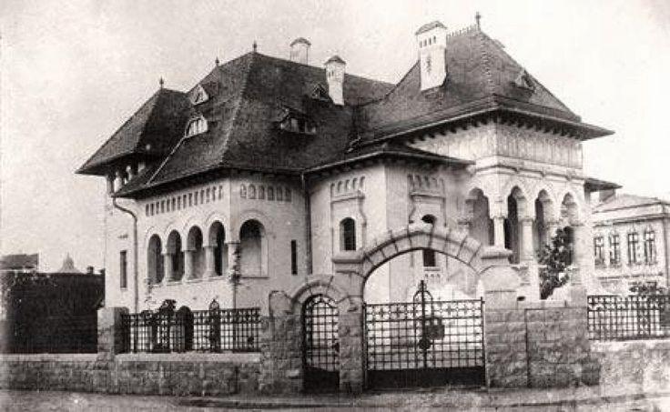 Casa Lahovari (Rumanía, 1884-86). Ion Mincu (Rumanía, 1852 Focşani-1912). // Ion Mincu estudió en la Escuela Nacional de Puentes y Caminos en Bucarest y en la Escuela Nacional de Bellas Artes de París (1877-84), de regreso a su país promovió el estilo Neorrumano en la arquitectura. Casa Lahovari es considerado el primer edificio significativo del estilo Neorrumano, con elementos distintos de Art Nouveau.