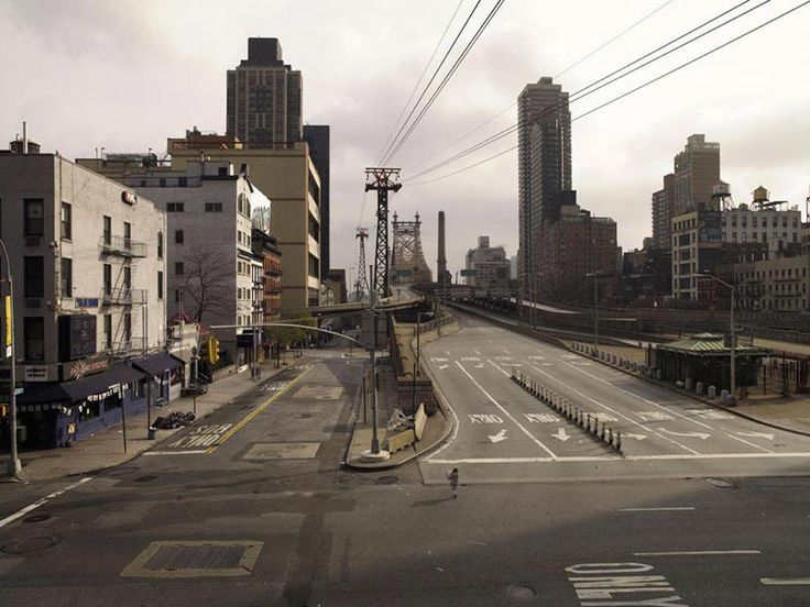 A bunch of cool photos showing people-less citiesSilent, Photos, Ears Mornings, New York Cities, Art, Lucy, Simon, Outdoor Spaces, Queensboro Bridges