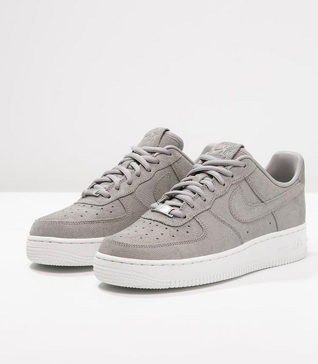 en soldes 07f1d f7ce6 Nike Sportswear AIR FORCE 1 07 PREMIUM Baskets basses medium ...