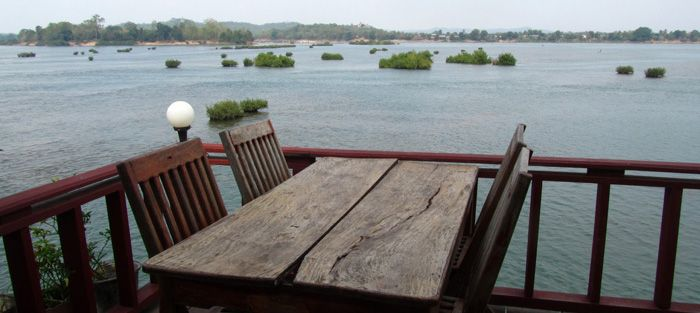 Information for traveling to the 4000 Islands (Si Phan Don) in Southern Laos, the most relaxing place in the world!