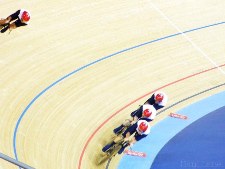 Super speedy GB cyclists.