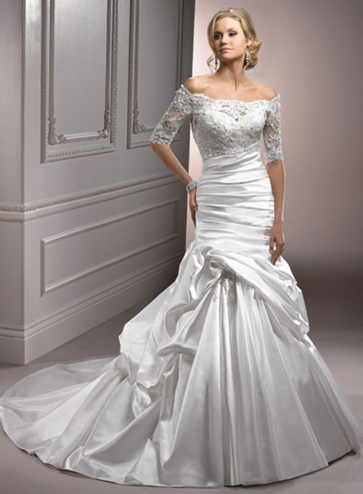 Can you picture yourself in this dress?! Come and try it on!  $1198.00