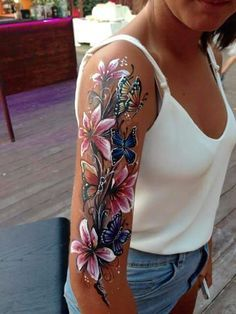 Braccio #lily_shoulder_tattoo