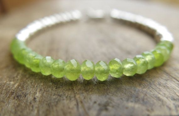 Peridot bracelet with sterling silver faceted round by MarisaBecca, €28.00