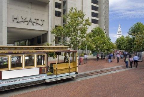 "Hyatt Regency San Francisco  ""Iconic luxury and fusion cuisine along San Francisco Embarcadero"""