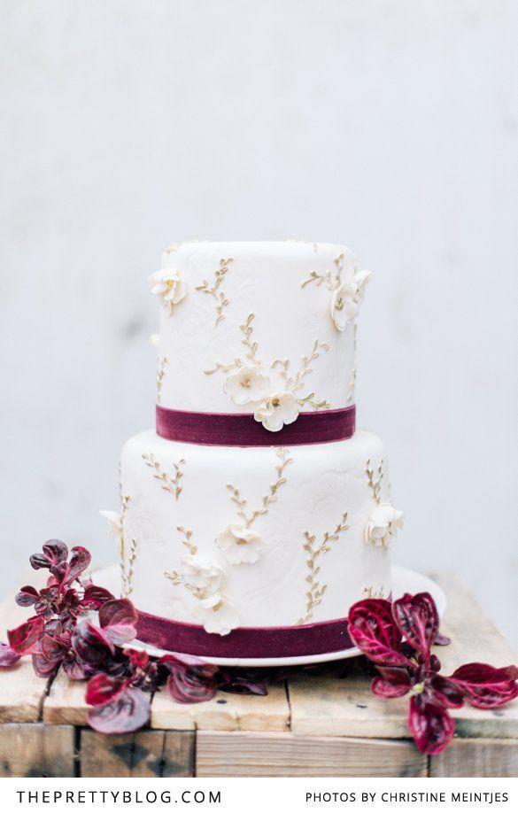 Jewel Tone Wedding Inspiration | Styled Shoots | The Pretty Blog