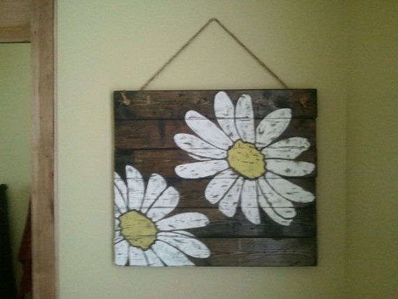 Hey, I found this really awesome Etsy listing at https://www.etsy.com/listing/169721207/white-and-yellow-daisy-vintage-pallet