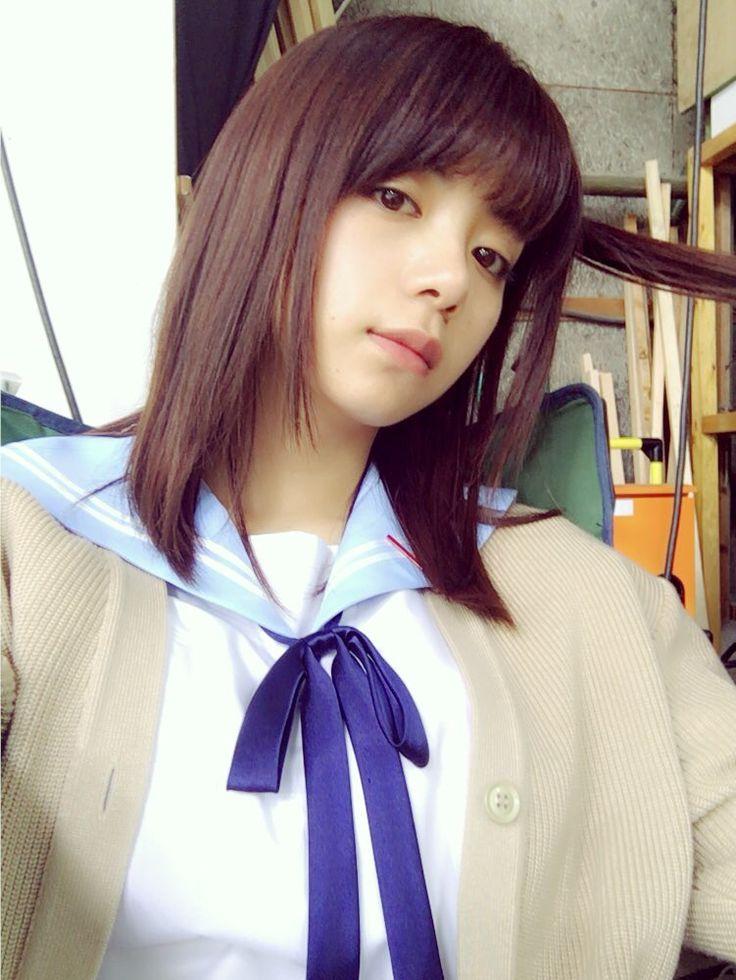 茶髪ミディアムの池田エライザ