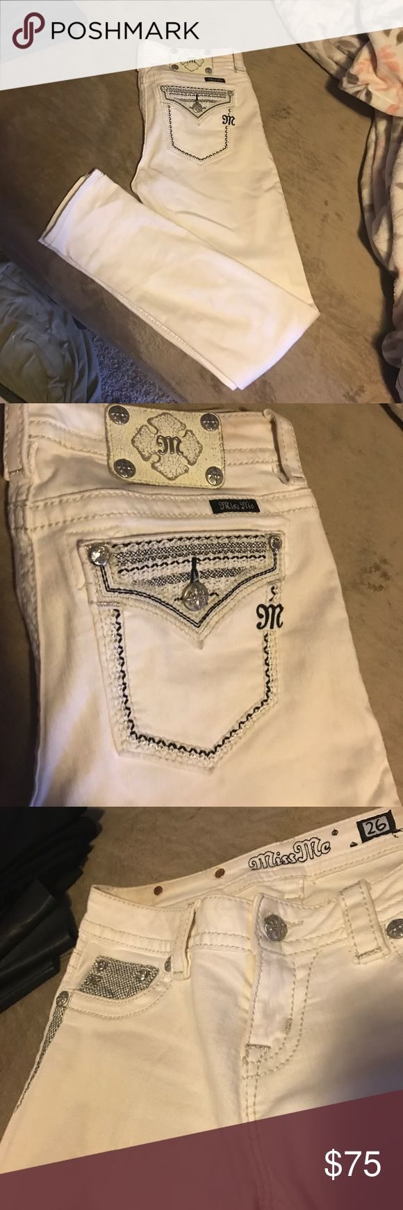 White angle skinny miss mes Like new miss mes! I maybe wore this a handful of times and now they don't fit me. They are shorts (inseam 29) and they looked amazing on when I did wear them. Miss Me Pants Skinny