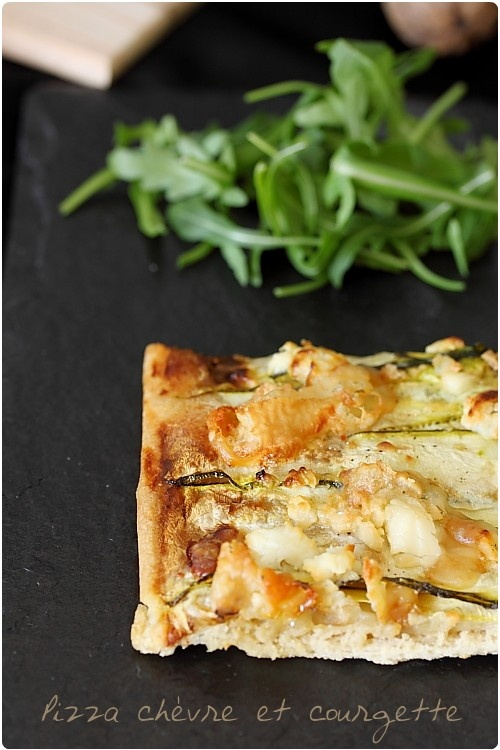 Pizza blanche & verte : courgette / fromage