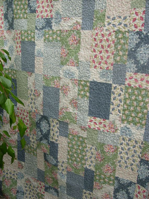 Tilda's Painting Flowers Quilt Tilda lap Quilt by WoodenNeedleNook