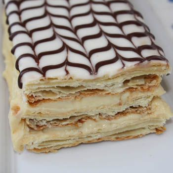 This is what a Napolean should look like -- flaky philo dough (instead of cake) with delicate cream between the layers. Description from boards.cruisecritic.com. I searched for this on bing.com/images