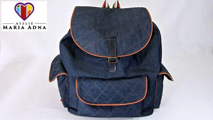 Bolsa mochila em jeans Roberta. Bolsa mochila em tecido com moldes. Fabr...