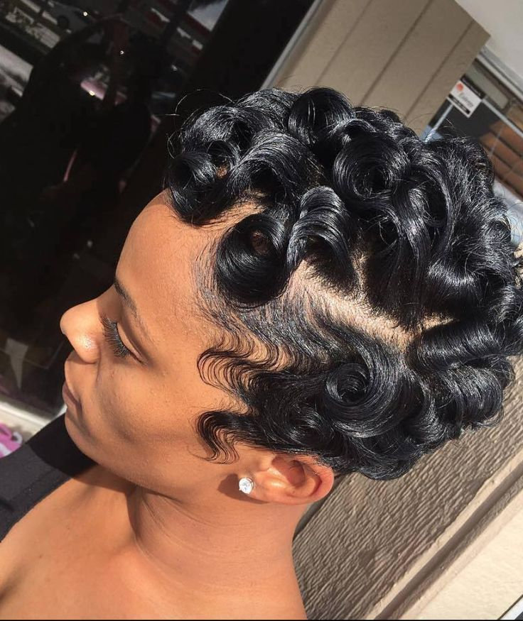 Gorgeous curls and waves via @salon_mm  Read the article here - http://blackhairinformation.com/hairstyle-gallery/gorgeous-curls-waves-via-salon_mm/