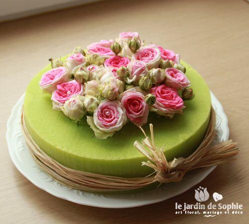 tarte mousse florale de couleur
