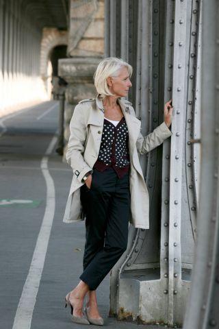 Véronique B. | Masters - Première agence spécialisée dans les baby-boomers et les seniors. (First agency specializing in baby boomers & seniors)