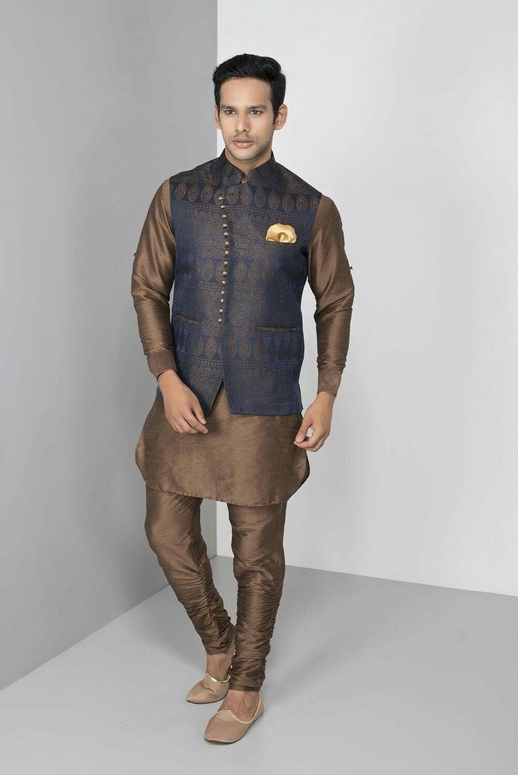 OSHNAAR - angrakha style navy bundi with kurta chudida set #flyrobe #groom #groomwear #groomsherwani #sherwani #flyrobe #wedding #designersherwani