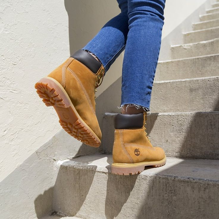The instantly recognisable golden '6 Inch Prem' boot from Timberland. Shop: https://www.shoeconnection.co.nz/womens/sneakers/casual/timberland-6-inch-premium-womens-lace-up-boot?c=Honey%2010361