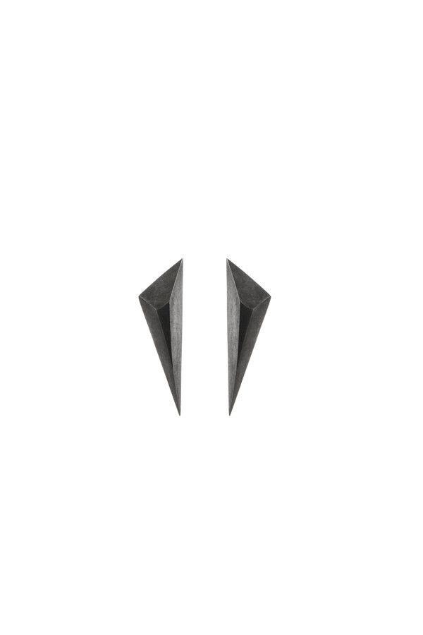 SPIKE EARRING - BLACK