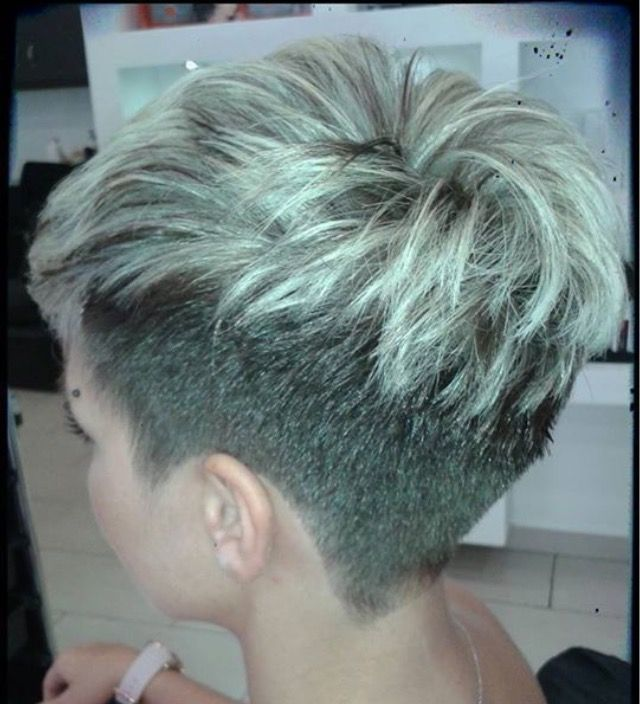 60 Awesome Pixie Haircut For Thick Hair 31