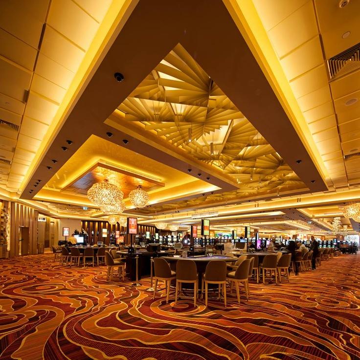 Atmosphera® Lotus Customizable Ceiling System