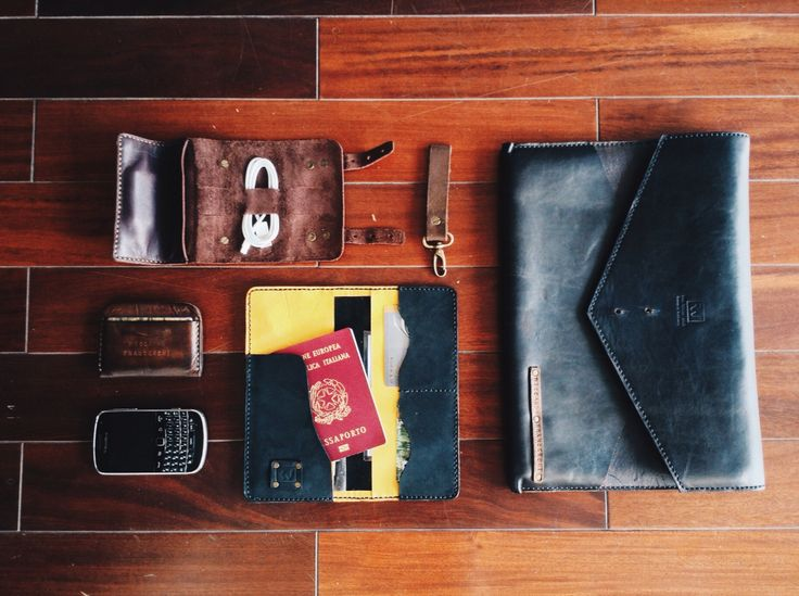 Custom leather travel set. Are you ready?   • #onthefloor: 1⃣ #CableHolder 2⃣ #KeyChain 3⃣ #MacbookSleeve 4⃣ #CardWallet 5⃣ #PassportWallet •  Product of 'rey.winter.stuff' by REY.WINTER .  #Bespoke #HandStitched   Want to personalize your leather stuff? It's my pleasant  Follow @laboratorio.1 if you feel free . #Monday #sunnyday #afternoon #hcmclife #hcmc #Vietnam #district1 #LaboratorioOne #studio #leather #HandcraftedLeather #HandmadeLeather #menstuff