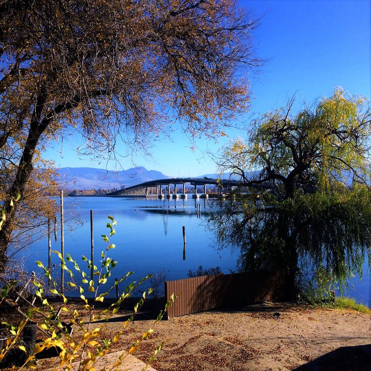 A TRAVELER'S TALE, EXPLORING THE WONDERS OF THE OKANAGAN VALLEY - vagabond style. #travel #blog #lake #bridge #lake