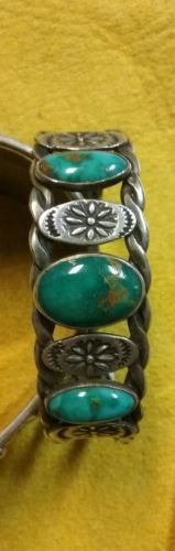 Old-Feminine-Harvey-era-cuff-Gem-green-Cerrillos-stones