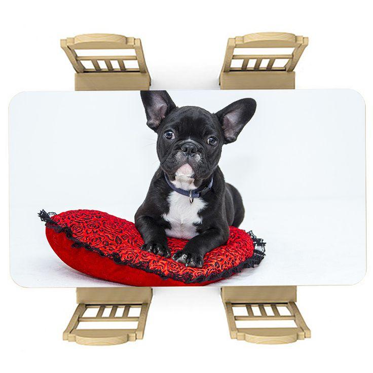 Tafelsticker Lieve blik | Maak je tafel persoonlijk met een fraaie sticker. De stickers zijn zowel mat als glanzend verkrijgbaar. Geschikt voor binnen EN buiten! #tafel #sticker #tafelsticker #uniek #persoonlijk #interieur #huisdecoratie #diy #persoonlijk #hondje #hond #huisdier #dier #bulldog #kussen