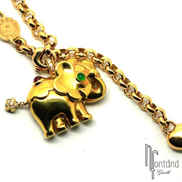 Ciondolo elefante di Pasquale Bruni in oro giallo 18 kt, smeraldo, rubin taglio cabochon e diamanti #emeraud #ruby #diamonds #gold #elephant #gold18k #jewelry #italiandesign #pezzounico #highjewelry #bologna #gioielli