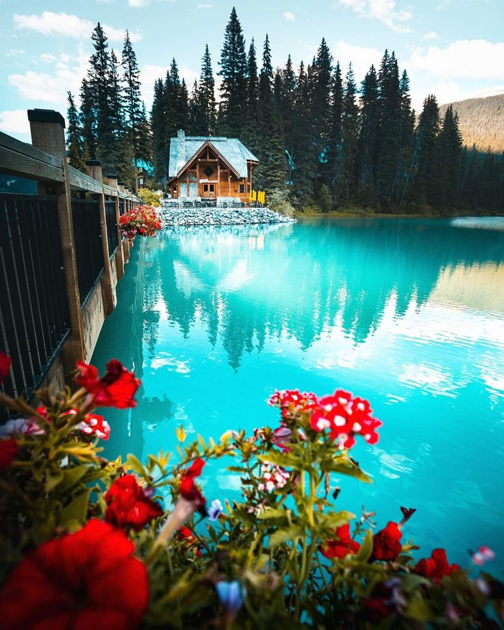 A cabin on Emerald Lake in Canada MostBeautiful