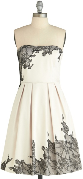 Modcloth Holiday Sneak Peek Exquisitely Edgy Dress in White | Lyst