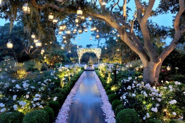 Een magische tuin voor de ceremonie