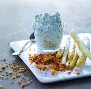 Denne sommerlige ret med lækre hvide asparges er en del af en tapasmenu med 6 små retter.
