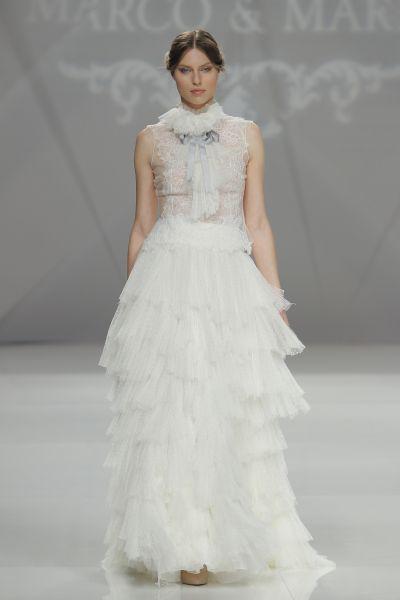 Vestidos de novia cuello cisne 2017: Déjate seducir por su elegancia en tu gran día Image: 15