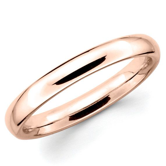 Classic men's or ladies wedding band handmade in 14K gold. Select your choice of gold color (yellow, white or rose) and finger size with material from the drop down menu in the listing. This is certain to be a cherished heirloom of your commitment to each other.  Plain wedding band is a traditional and timeless selection. The simplicity of its plain finish will be the perfect companion to bride's engagement ring. It will be the perfect choice for men to symbolize the commitment and love…