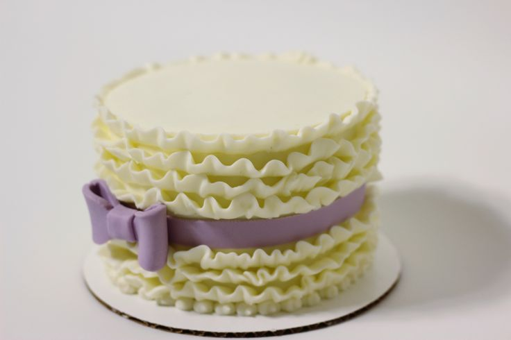 Butter Cream Ruffle Cake