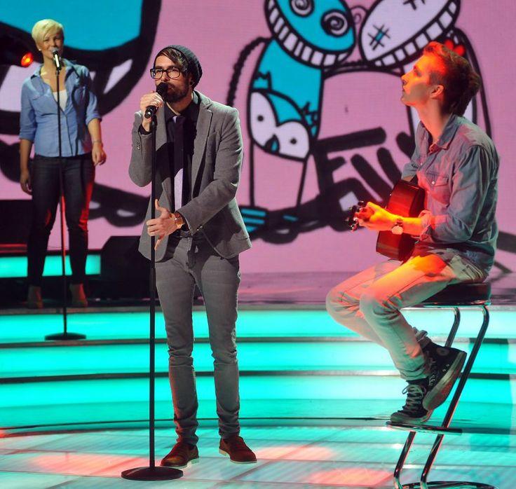 Hungary: ByeAlex with Helga Wéber (backing vocals) and Dániel Kővágó (guitar). #Eurovision