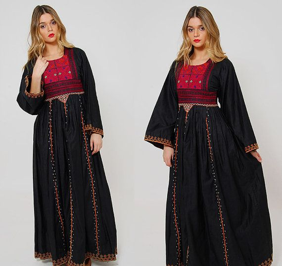 Hey, I found this really awesome Etsy listing at https://www.etsy.com/listing/268737823/vintage-70s-ethnic-bedouin-dress