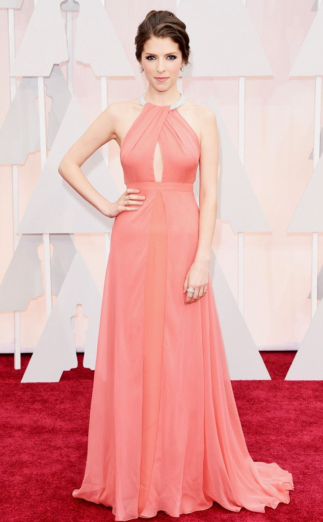 Anna Kendrick Wears Gorgeous Peekaboo Coral Gown at the 2015 Oscars, Proves She's a Real-Life Princess