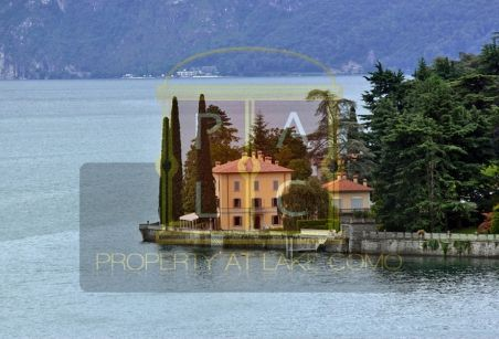 Historical villa for rent on lake Como in Bellagio ideal for weddings and holidays directly on the lakeside