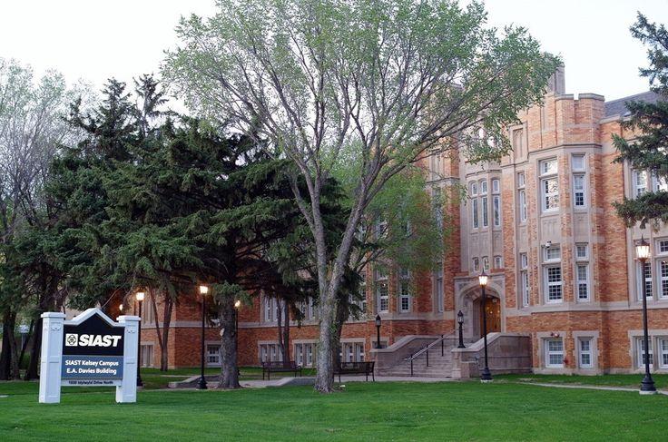 E.A. Davies Building in Saskatoon