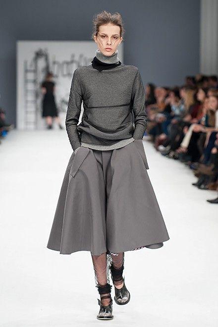 http://fashionweek.ua/ru/gallery/bobkova-fw16-17-1039/item